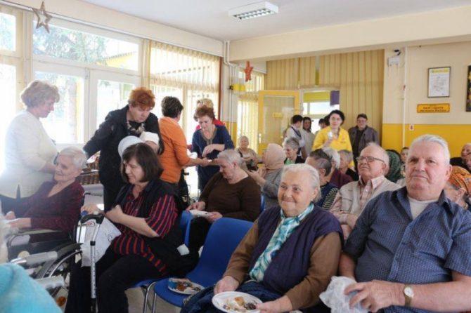FOTO: Posjeta članica Udruženja EMINA