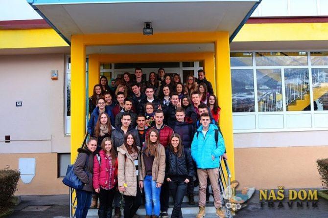 Priredba učenika MSŠ Travnik u povodu 8. marta