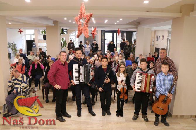 U posjeti su nam bili učenici i nastavnici Osnovne muzičke škole Travnik (VIDEO/FOTO)