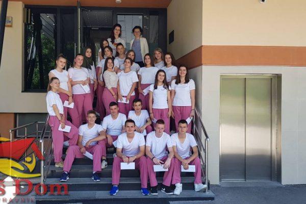 Dvadeset dva učenika Medicinske škole Travnik uspješno obavila praktičnu nastavu